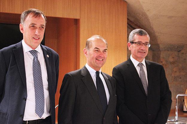 De gauche à droite : Frank Debouck, Directeur Ecole Centrale de Lyon / Aimery Fustier, Adjoint au Maire d'Ecully / Dominique Giraudier, CEO Institut Paul Bocuse
